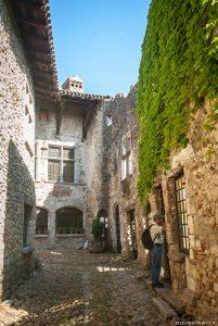Pérouges cité médiévale -16 Juin 2012